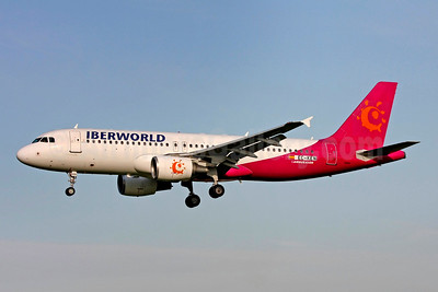 Iberworld Airlines Airbus A320-214 EC-KEN (msn 1597) (GoAir colors) DUB (SM Fitzwilliams Collection). Image: 948144.