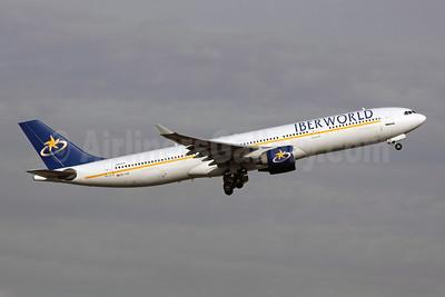 Iberworld Airlines Airbus A330-322 EC-IJH (msn 072) MAD (Michael B. Ing). Image: 906632.