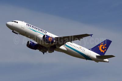 Iberworld Airlines Airbus A320-214 EC-LAJ (msn 3889) BRU (Konstantin von Wedelstaedt). Image: 903626.