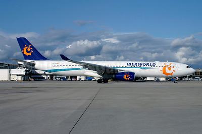 Iberworld Airlines Airbus A330-343 EC-JHP (msn 670) CDG (Christian Volpati). Image: 950305.