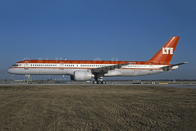 LTE International Airways Boeing 757-2G5 EC-EFX (msn 23118) (LTU colors) MUC (Markus  Bischof - Bruce Drum Collection). Image: 901585.