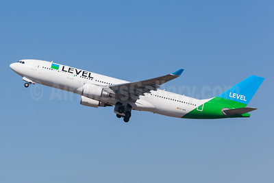 Level (Spain) Airbus A330-202 EC-NEN (msn 1932) GRU (Rodrigo Cozzato). Image: 954415.