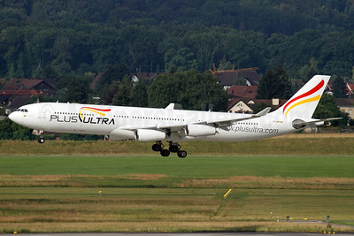 Plus Ultra Lineas Aereas Airbus A340-313 EC-MFB (msn 215) ZRH (Andi Hiltl). Image: 933922.