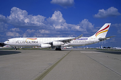 Plus Ultra Lineas Aereas - Cubana Airbus A340-313 EC-MFA (msn 212) ORY (Jacques Guillem). Image: 942732.