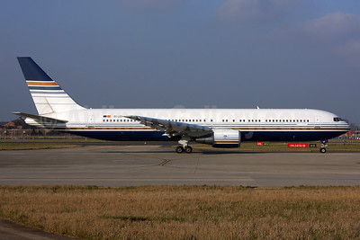Privilege Style Lineas Aereas Boeing 767-35D ER EC-LZO (msn 27902) LHR (SPA). Image: 937018.