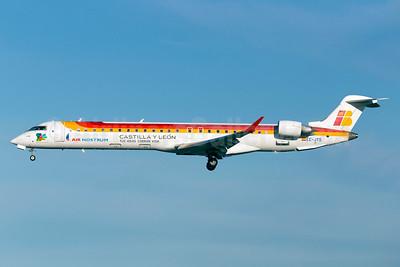 Scandinavian Airlines - Air Nostrum Bombardier CRJ900 (CL-600-2D24) EC-JTS (msn 15071) (Air Nostrum colors) ARN (Stefan Sjogren). Image: 932518.