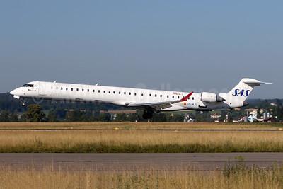 Scandinavian Airlines-SAS - Air Nostrum Bombardier CRJ1000 (CL-600-2E25) EC-MJQ (msn 19047) ZRH (Andi Hiltl). Image: 942799.