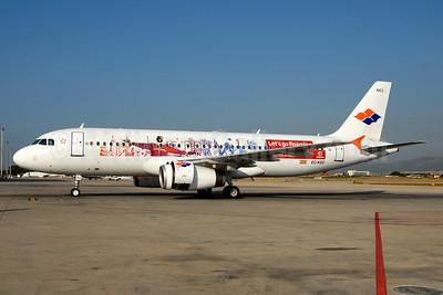 """Spanair's 2008 """"Let's go Roaming - Vodafone"""" logo jet"""
