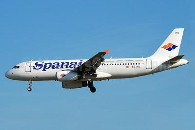 Spanair Airbus A320-232 EC-IYG (msn 2210) (Spanair X4 - Business/Avant/Economy) BCN (Richard Vandervord). Image: 900893.