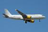 Vueling Airlines (Vueling.com) Airbus A320-214 EC-HQL (msn 1461) MAD (Paul Denton). Image: 909519.
