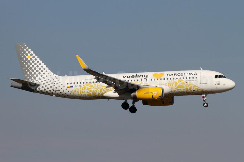 """""""Vueling loves Barcelona"""", celebrating 100 million passengers"""