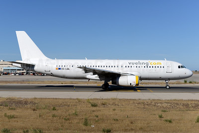 Vueling Airlines (Vueling.com) Airbus A320-232 EC-LQL (msn 1749) PMI (Ton Jochems). Image: 937590.