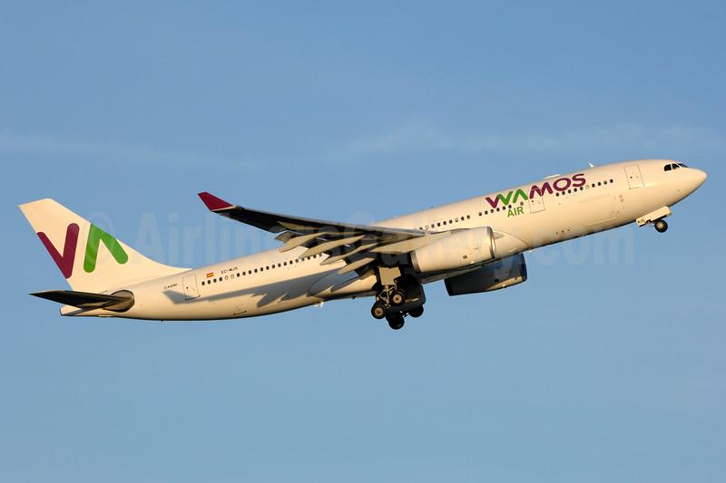 Wamos Air Airbus A330-243 EC-MJS (msn 265) YYZ (TMK Photography). Image: 938058.