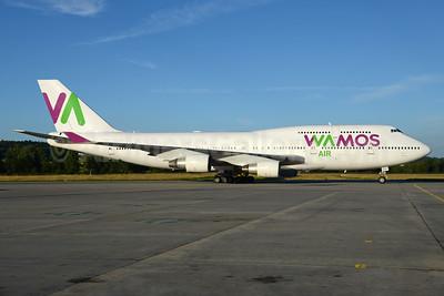Wamos Air Boeing 747-412 EC-KQC (msn 26549) ZRH (Rolf Wallner). Image: 933620.