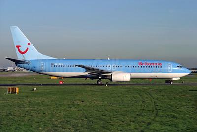 Britiannia Airways (Nordic) Boeing 737-804 SE-DZV (msn 32904) LGW (Antony J. Best). Image: 920231.
