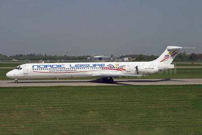 Nordic Leisure McDonnell Douglas DC-9-83 (MD-83) SE-RDM (msn 49662) STN (Antony J. Best). Image: 935244.
