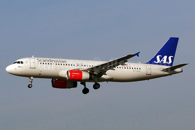 Scandinavian Airlines-SAS Airbus A320-232 OY-KAL (msn 2883) ZRH (Paul Bannwarth). Image: 913401.