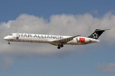Scandinavian Airlines-SAS McDonnell Douglas DC-9-82 (MD-82) OY-KHE (msn 49604) (Star Alliance) CPH (Moritz Riemer). Image: 909857.