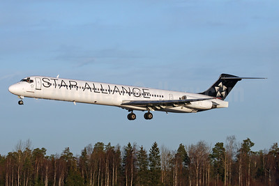 Scandinavian Airlines-SAS McDonnell Douglas DC-9-81 (MD-81) SE-DMB (msn 53314) (Star Alliance) ARN (Stefan Sjogren). Image: 935372.