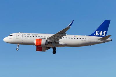 Scandinavian Airlines-SAS Airbus A320-251N WL LN-RGO (msn 7352) ARN (Stefan Sjogren). Image: 937319.
