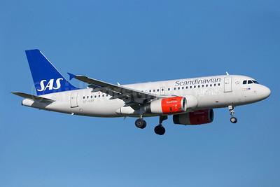 Scandinavian Airlines-SAS Airbus A319-132 OY-KBP (msn 2888) ARN (Stefan Sjogren). Image: 922981.