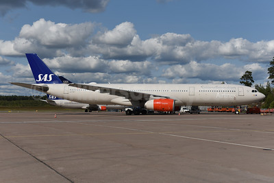 Scandinavian Airlines-SAS Airbus A330-343 LN-RKT (msn 1697) ARN (Ton Jochems). Image: 941514.