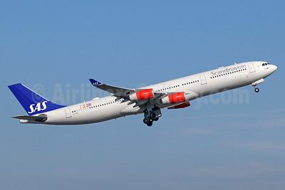 Scandinavian Airlines-SAS Airbus A340-313X OY-KBC (msn 467) NRT (Michael B. Ing). Image: 911448.