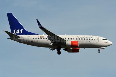 Scandinavian Airlines-SAS (PrivatAir) Boeing 737-7AK WL HB-JJA (msn 34303) BOS (Fred Freketic). Image: 935376.