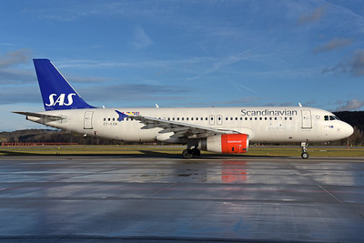 Scandinavian Airlines-SAS Airbus A320-232 OY-KAM (msn 2911) ZRH (Rolf Wallner). Image: 940470.