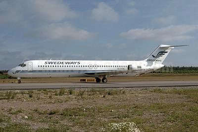 Swedeways Air Lines McDonnell Douglas DC-9-41 SE-DON (msn 47748) ARN (Tommy Mogren - Bruce Drum Collection). Image: 952426.