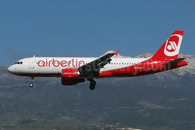 Airberlin (airberlin.com) (Belair Airlines) Airbus A320-214 HB-IOS (msn 2968) TFS (Paul Bannwarth). Image: 922317.
