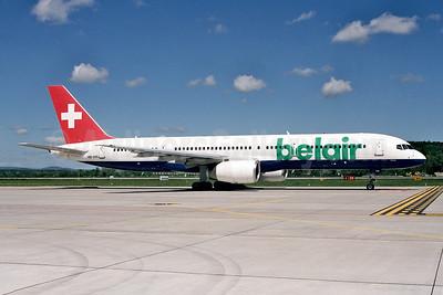Belair Airlines Boeing 757-2G5 HB-IHR (msn 29379) ZRH (Ton Jochems). Image: 952802.
