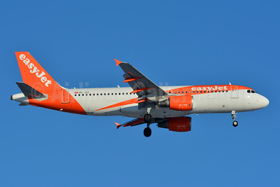 easyJet (Switzerland) Airbus A320-214 HB-JZZ (msn 4233) BSL (Paul Bannwarth). Image: 941059.