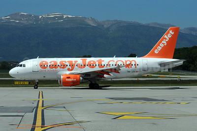 easyJet (easyJet.com) (Switzerland) Airbus A319-111 HB-JZV (msn 2709) GVA (Dave Glendinning). Image: 908627.
