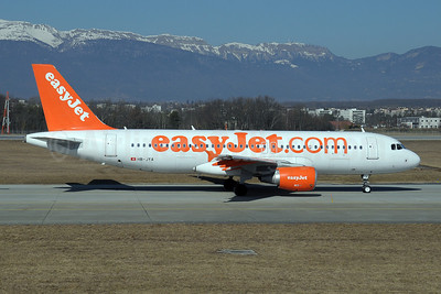 easyJet (easyJet.com) (Switzerland) Airbus A320-214 HB-JYA (msn 4250) GVA (Paul Denton). Image: 908626.