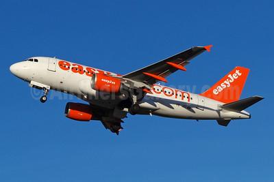 easyJet (easyJet.com) (Switzerland) Airbus A319-111 HB-JZT (msn 2420) BSL (Paul Bannwarth). Image: 920344.