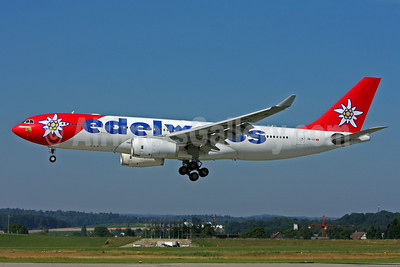 Edelweiss Air Airbus A330-243 HB-IQZ (msn 369) ZRH (Andi Hiltl). Image: 905254.