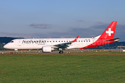 Helvetic Airways Embaer ERJ 190-100LR HB-JVR (msn 19000435) ZRH (Andi Hiltl). Image: 938364.