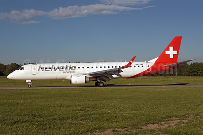 Helvetic Airways Embaer ERJ 190-100LR HB-JVQ (msn 19000420) ZRH (Rolf Wallner). Image: 941755.