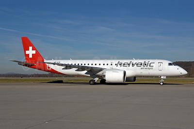 Helvetic Airways Embaer ERJ 190-E2 (ERJ 190-300 STD) HB-AZB (msn 19020026) ZRH (Rolf Wallner). Image: 948817.