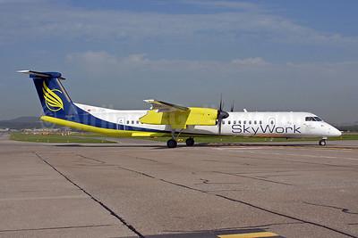 SkyWork Airlines Bombardier DHC-8-402 (Q400) HB-JGA (msn 4198) ZRH (Rolf Wallner). Image: 907175.
