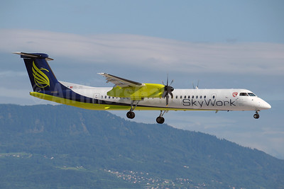 SkyWork Airlines Bombardier DHC-8-402 (Q400) HB-JIK (msn 4265) GVA (Paul Denton). Image: 907279.