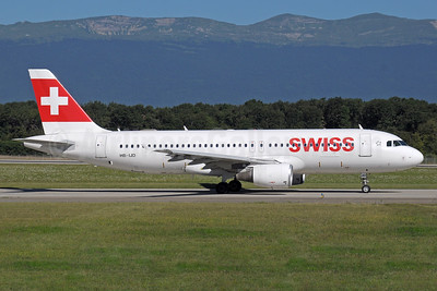 Swiss International Air Lines Airbus A320-214 HB-IJD (msn 553) GVA (Paul Denton). Image: 938352.