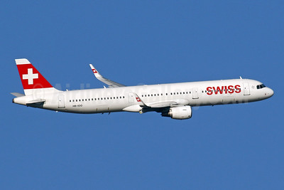 Swiss International Air Lines Airbus A321-212 WL HB-IOO (msn 7007) LHR (SPA). Image: 943900.