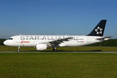 Swiss International Air Lines Airbus A320-214 HB-IJM (msn 635) (Star Alliance) ZRH (Rolf Wallner). Image: 933106.