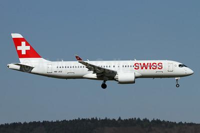 Swiss International Air Lines Bombardier CS300 (BD-500-1A11) HB-JCE (msn 55014) ZRH (Andi Hiltl). Image: 941490.