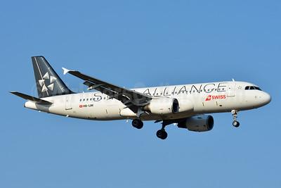 Swiss International Air Lines Airbus A320-214 HB-IJM (msn 635) (Star Alliance) ZRH (Paul Bannwarth). Image: 933105.