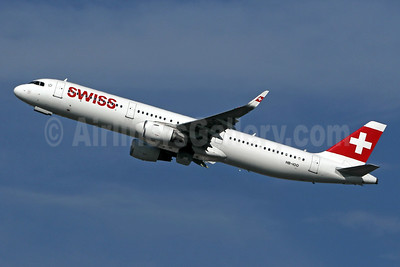 Swiss International Air Lines Airbus A321-212 WL HB-IOO (msn 7007) LHR (SPA). Image: 943902.