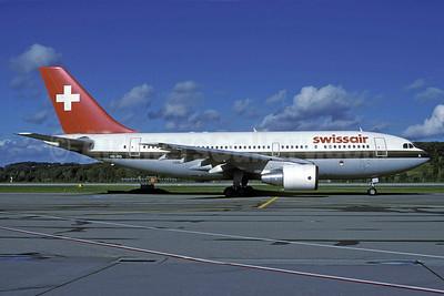 Swissair Airbus A310-221 HB-IPD (msn 260) ZRH (Rolf Wallner). Image: 913259.