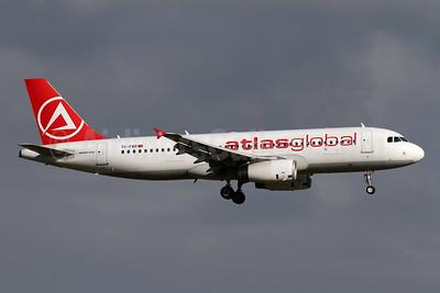 AtlasGlobal Airlines (Turkey) Airbus A320-214 TC-FBR (msn 2524) ZRH (Andi Hiltl). Image: 949065.